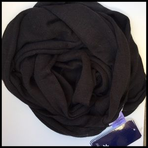 S P L E N D I D Black Infinity Scarf. Super Soft.